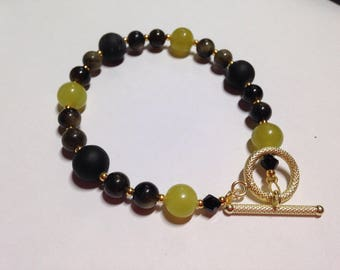 Sublime Protector. Peridot, Shungite and Obsidian beaded bracelet.