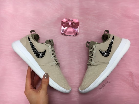 6596364301a71 Nike Roshe Two Si Sneakers in Natural Lyst