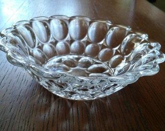 Vintage Thumbprint Pattern Fruit Bowl