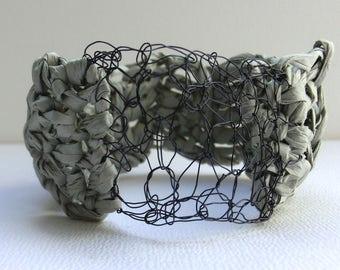 Grey crochet bangle | crochet paper bangle | crochet jewelry | handmade paper bracelet | chunky bracelet | paper yarn | boho style