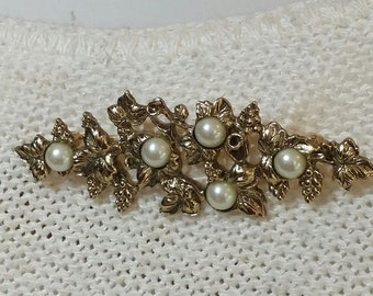 Vintage Goldtone and Faux Pearl Brooch Pin