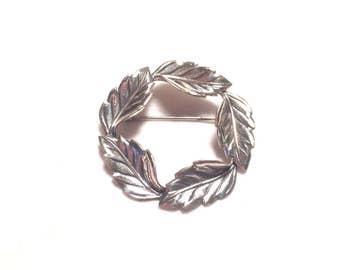 Beau 925 sterling silver leaf