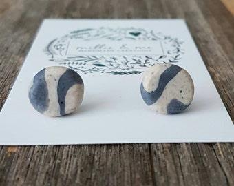 Sandy granite clay stud earrings, gold glitter, granite earrings, polymer clay jewellery, polymer clay, clay earrings, granite