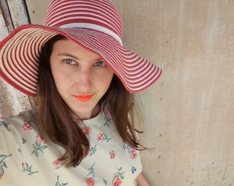 Straw White and Red hat, Vintage, straw hat, Retro Hat, Vintage Straw Hat ,Vintage Hat, Womens Hat,French Hat, 40s Hat, Hats, Sun hat