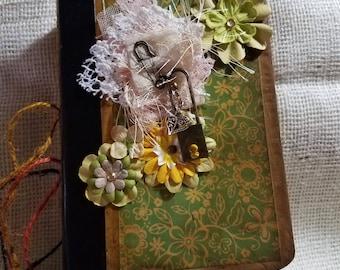 Junk Journal/ Vintage/ purse size