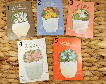 Floral Sticky Notes, Flower Stationery, Post It Notes, Floral Theme, Gift for Gardener