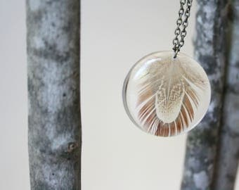 Real Feather in Resin Necklace, Feather Necklace, Resin Nature Necklace, Circle Feather Necklace