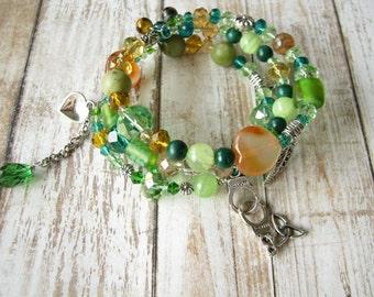 Green bracelet Stone bracelet Jade bracelet Memory wire bracelet Delicate bracelet Silver bracelet Girl Gift for her Carnelian bracelet
