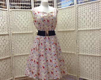 1950's Vintage Style Womens Dress Bold Floral Print