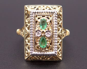 18k Yellow Gold .23ct Pear Shape Emerald Diamond Cluster Band Ring Size 5.5