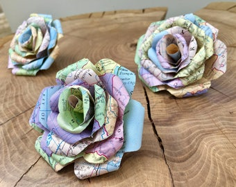 Set of 5 Map/atlas handmade Paper roses, flower heads. Perfect for weddings and parties.