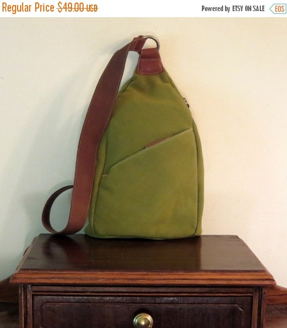 Football Days Sale Ellington Green Thick Suede & Leather Sling Style Shoulder Bag- VGC