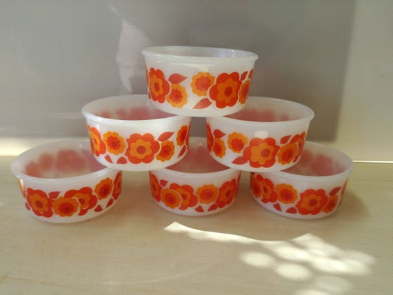 Arcopal Lotus jam cups, ramekins