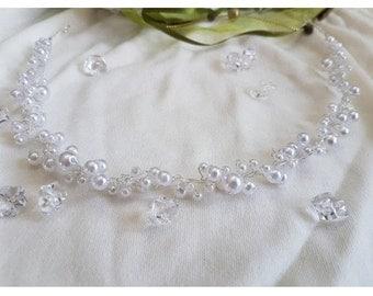 Head jewelry for the bride or the communion child, model Manuela, colour white