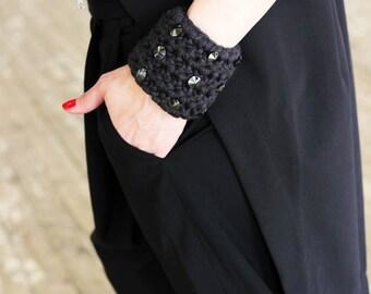 Knited Bracelet/ Handmade Bracelet/ Graphite Knitted Bracelet/ Gift/ Knit Cuff Bracelet/ Jewelry/ Bracelet With Hematite Stones,Party R000SG