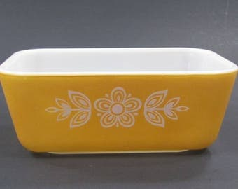 Pyrex Gold Butterfly Dish,Ovenware Loaf Pan,Gold Refrigerator Dish,Vintage Loaf Pan,Retro Gold Bakeware,Pyrex 0502 1.5 Pint,White Glass