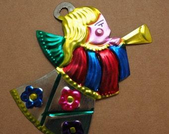 Mexican folk art - Tin angel Miracle (Milagro) - handpainted, Token, Charm.