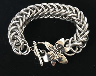 Flower Clasp Chunky Chainmaille Bracelet