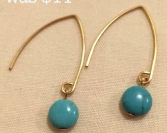 Turquoise Earrings / Turquoise Dangle Earrings / Small Turquoise Earrings / Boho Chic / Bohemian Jewelry / Gemstone Earrings / Gold Earrings