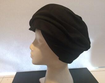 Vintage CATHAY Ladies Black Hat with original tag-CHIC!
