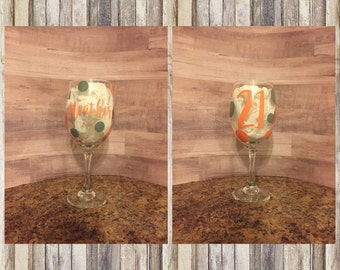 Personalized polka dot wine glass 21st wine glass 21st birthday gift Bestfriend gifts Gifts for her Polka dot wine glass Customized wine