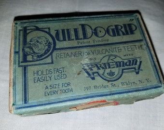 Antique 'BullDogrip' dentist supply, retainers for Vulcanite teeth