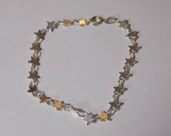 Pretty little sterling silver star bracelet 7 inches long