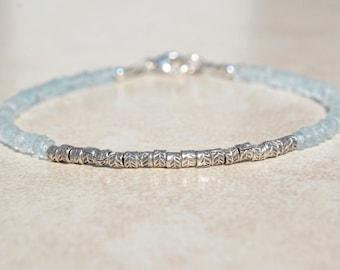 Aquamarine Bracelet, March Birthstone Bracelet, Gemstone Bracelet, Aquamarine Beaded Bracelet, Gift for Her, Silver Women's Bracelet