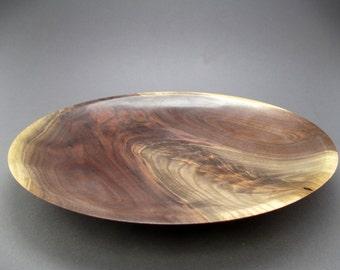 Shallow walnut crotch bowl #552