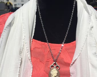 Cameo-vintage key necklace