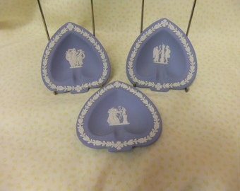 Three Vintage Blue Wedgwood Jasperware Spade Shaped Pin Dishes