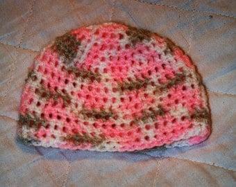 Newborn beanie pink camo