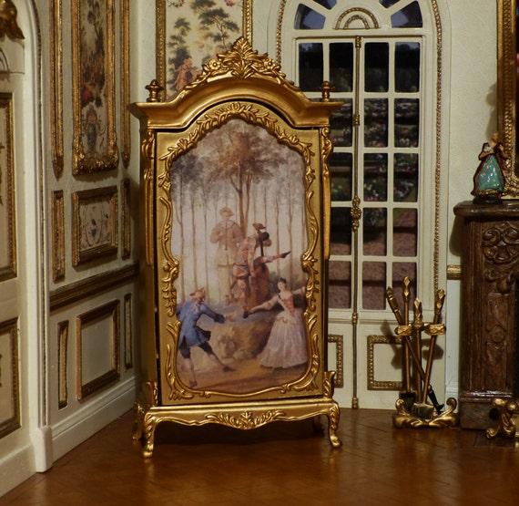 armoire peinte de style louis xv xviiie si cle echelle. Black Bedroom Furniture Sets. Home Design Ideas