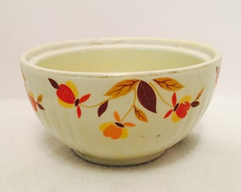 Hall's Autumn Leaf Medallion Drip Bowl