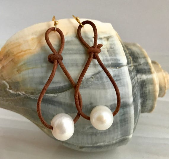 Pearl earrings, bohemian jewelry, leather cord, gold-filled earwires