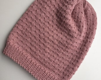 Handknitted slouchy, vintage pink