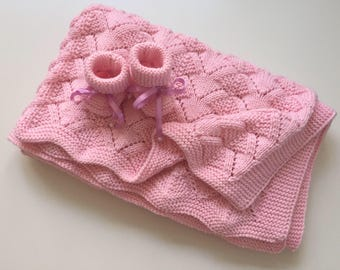 Newborn baby set, blanket and booties, laceknit, pink