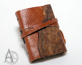 Mini journal with leather and wood cover. Recycled paper sketchbook. Handcrafted notebook. Unusual gift.