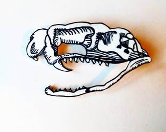 Snake skull button