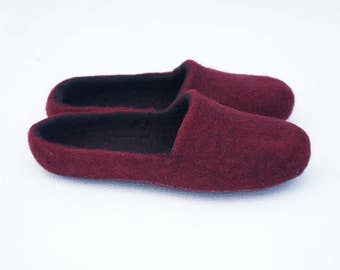 Basic felted clogs 28 colors Organic felted slippers Women wool clogs Women slippers Brown orange slippers Slippers Women gifts