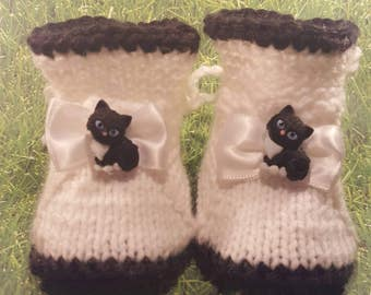 Cat Kitten Baby booties,black and white, Cat Baby Booties, Kitty Cat Baby Girl Booties, Baby kitty shoes, Kitty Cat Slippers, Bay Crib Shoes
