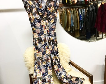 Sold in store. Do not buy. Vintage Seventies 1970s jumpsuit. Size Small