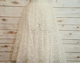 Vintage, 1980's, White lace & tulle petticoat/ full skirt/ Medium/ Large
