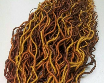 Set of curly synthetic de dreads. Silky dreads.