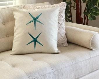 "STARFISH Decorator Accent Pillow. FREE Pillow Form/Insert.. 18""x18"". Cotton/linen.. Coastal Decor. Beach Decor. Nautical Decor"