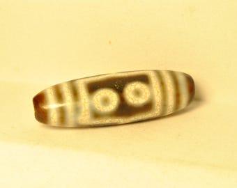Antique 5-eyed Dzi bead.