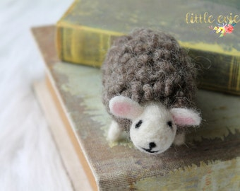 Needle Felted Lamb, Felted Animals, Wool Felted Animals, Felted Animal Newborn Photography Prop