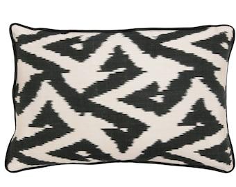 16'' x 23''  ikat pillow , hand-woven ikat modern ikat cushion cover , decorative cushion
