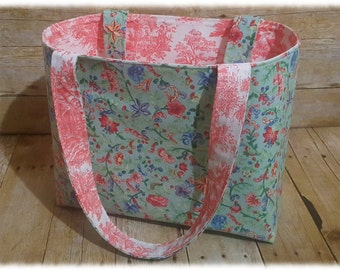 Tote Bag ~ Stylish, Chic, Trendy, Functional!