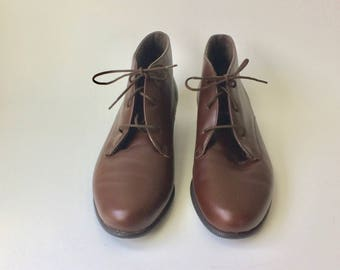 Munro American Chocolate Brown Leather Lace Up Booties Size 8.5/Vintage Ankle Booties/Leather Ankle Booties/Size 8 1/2 Shoes/Munro American